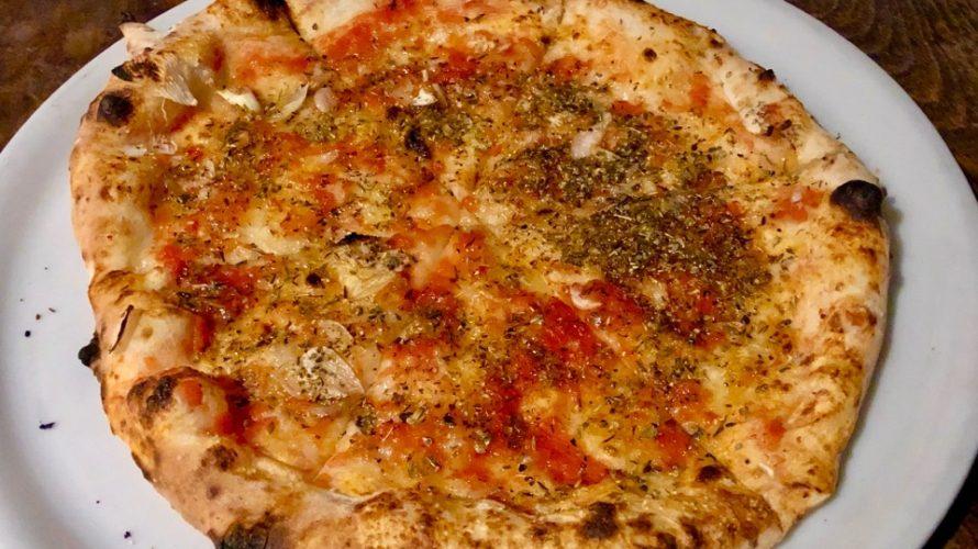 西荻窪『GINA』のピザを食べて「ピザって生地を味わう食べ物なんだな」と気付かされました
